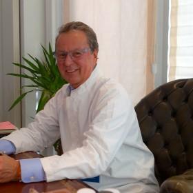 Dr Daniel Chervet